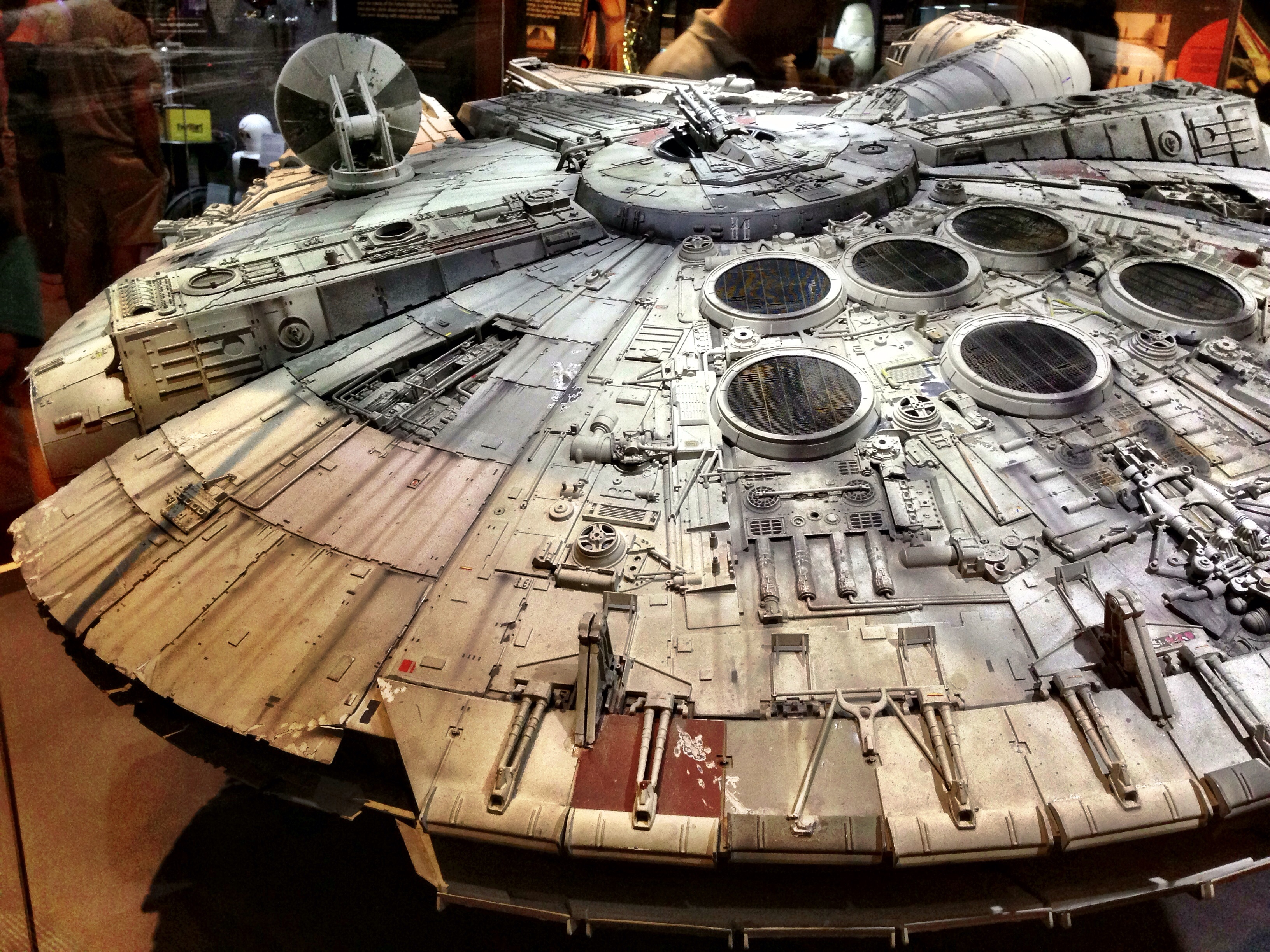 Millenium Falcon Interior Paint